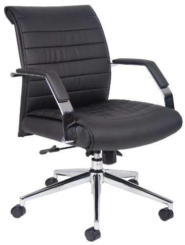 (Boss Office Products B9446 Executive High Back Ribbed Chair in Black)