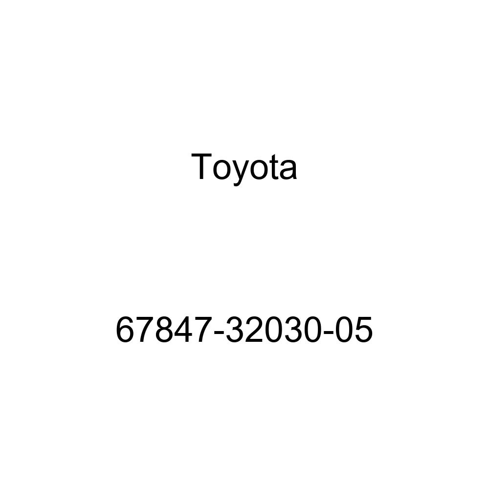 Toyota 67847-32030-05 Door Service Hole Cover