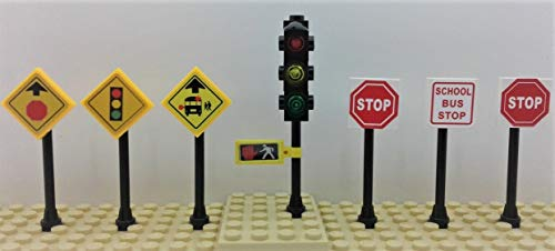 Building Toys City/Town/Village/Street Traffic Light. 2 Stop Signs & More Signs ()