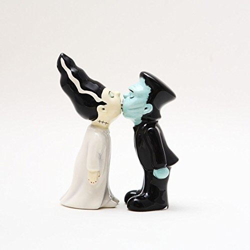 35-inches-Frankenstein-and-Bride-Kissing-Magnetic-Salt-and-Pepper-Shaker-Couple-Kitchen-Set