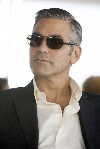 George Clooney Cool Portrait In Sunglasses and Suit 11x17 Mini - George Sunglasses Clooney