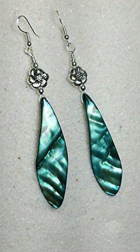 Flowers Shell Earrings (Green Pau Shell Earrings. Shell and Flower Earrings. Beach Earrings.Free Spirit Earrings. #HoneyBeMe)