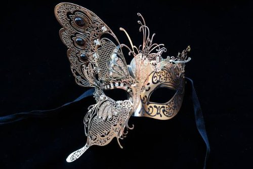 Dream Butterfly Collection Laser Cut Venetian Mardi Gras Masquerade Mask (Black)