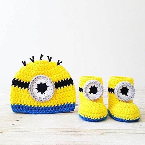 2895af9c938e8 Amazon.com  Crochet Baby Minion Hat Beanie Boots Slippers Shoes Set Newborn  Infant Photography Photo Prop Handmade Baby Shower Gift  Handmade