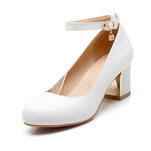 Allhqfashion Para Mujer Sólida Suave Material Gatito Tacones Hebilla Redonda Cerrada Dedo Del Pie Bombas Zapatos Blanco