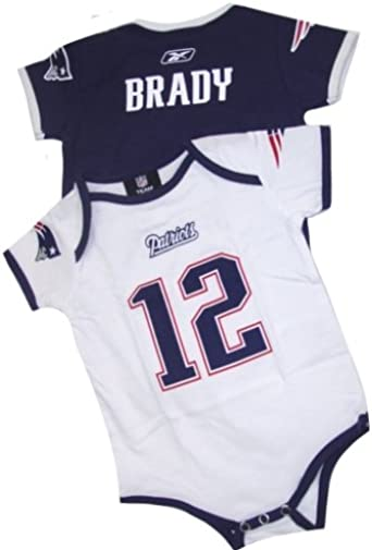 Amazon Com New England Patriots Tom Brady Jersey Name And Number Infant Baby Onesie Set Athletic Apparel Clothing