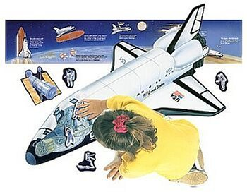 Space Shuttle Mission; Giant Shaped Space Shuttle; 3 Feet Long