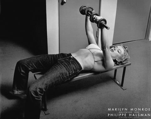 (BEYONDTHEWALL Archive Marilyn Monroe Bench Press Classic Hollywood Glamour Actress Celebrity Poster Print (24X36 UNFRAMED Poster) )