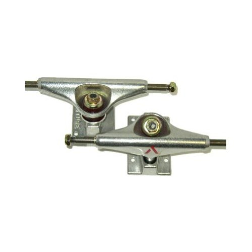 Venture 5.0 Lo Polished Skateboard Truck (Silver, Set of 2) by Venture