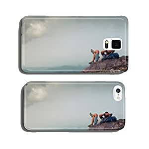 Hiker on the cliff cell phone cover case Samsung S6