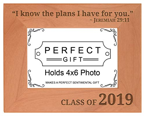 (Personalized Gifts Seniors 2019 Christian Verse Class of 2019 Natural Wood Engraved 4x6 Landscape Picture Frame Wood)