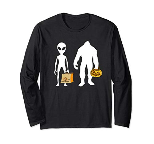 Alien Bigfoot Martian Halloween Costume Longsleeve T-Shirt