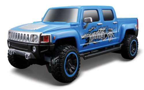 Maisto R/C 1:24 Scale Hummer H3T Radio Control Vehicle (Colors May Vary)
