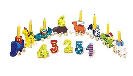 Velas de cumpleaños sobre figuras de madera con 10 velas y ...