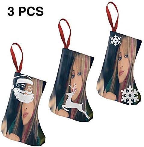 クリスマスの日の靴下 (ソックス3個)クリスマスデコレーションソックス 俳優Kat Dennings クリスマス、ハロウィン 家庭用、ショッピングモール用、お祝いの雰囲気を加える 人気を高める、販売、プロモーション、年次式