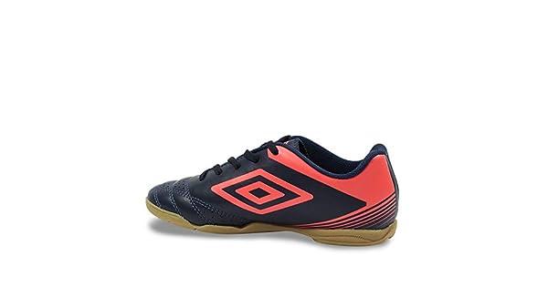 e6e36af4b8 Tênis Unisex Futsal Umbro Striker IV  Amazon.com.br  Amazon Moda
