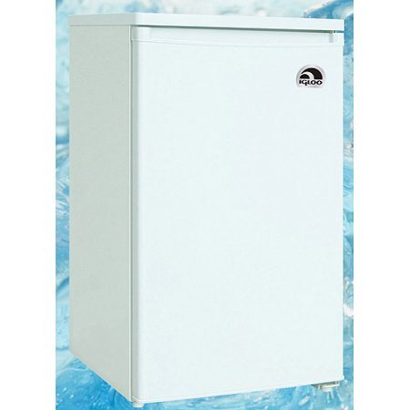 Igloo 3.2 cu ft Upright Freezer, White