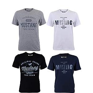 Mustang Lot de 4 t-shirts pour homme avec imprimé sur le devant et col rond – Mélange de couleurs bleu et noir.