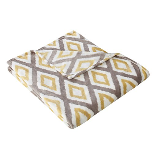 (Madison Park Ikat Diamond Luxury Oversized Throw Yellow 6070    Premium Soft Cozy Microlight For Bed, Coach or Sofa)