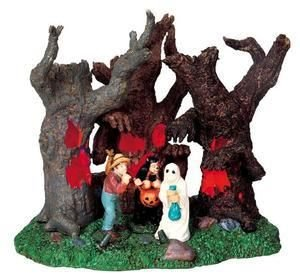 Lemax Spooky Town Halloween Village Accessories 94968 - Lost in the -