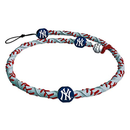 GameWear MLB New York Yankees NecklaceFrozen Rope Reflective Baseball, Team Colors, One Size (Genuine Mlb Necklace)