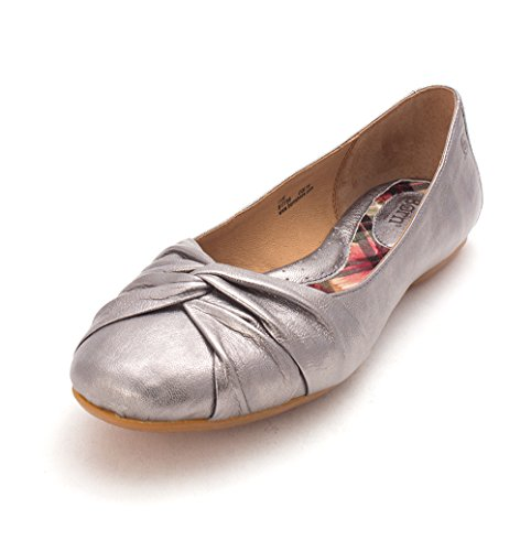 Born Womens Lilly Closed Toe Slide Flats Silver cheap tumblr cheap sale brand new unisex 2014 newest sale online outlet professional outlet footaction MO9IB7vH