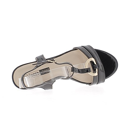 Sandalias negro barnizado espesor 7,5 cm con tacón hebilla dorada