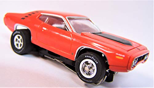 Auto World Orange 1971 Plymouth Road Runner Cars N Coffee Ho Scale Slot car from Auto World