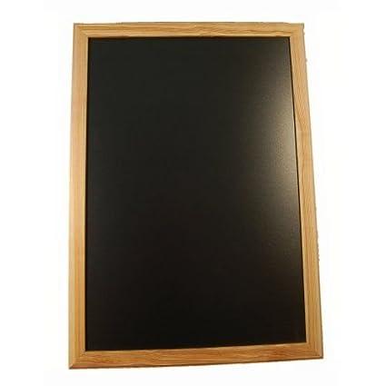 Pizarra, marco de madera claro 90 x 70 cm: Amazon.es ...