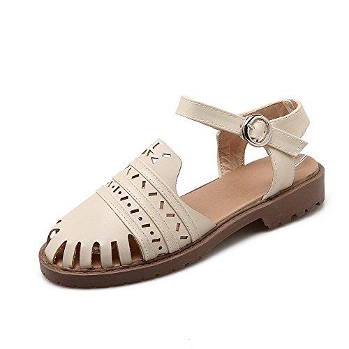 AllhqFashion Damen Schließen Zehe Weiches Material Schnalle Sandalen Cremefarben
