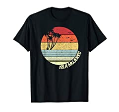 This Isla Mujeres Mexico tshirt is perfect for people who love surfing and swimming on the beach watching perfect sunsets! Get this Isla Mujeres Mexico t-shirt today! Makes a great souvenir from Isla Mujeres Mexico and anyone who enjoys going...