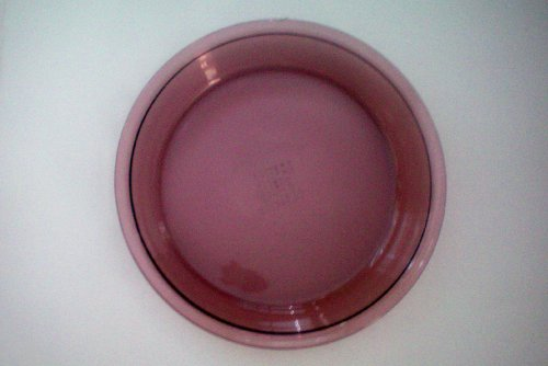 Pyrex ?Vision Cranberry Pie Plate -- 9.75 inch outer diameter -- as shown