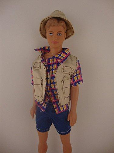 Tan Jacket Hat /& Blue Shoes Jean Shorts 4 Piece Men/'s Outfit Plaid Shirt