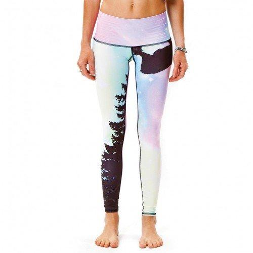 Printed yoga pants. Teeki Northern Lights Hot Pant Yoga Leggings #yogaoutfits