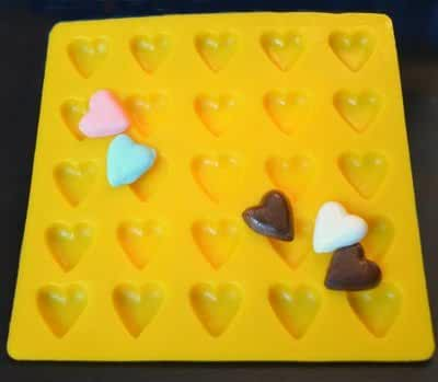 HEARTS YELLOW RUBBER CHOCOLATE CANDY MOLD
