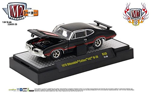 1970 Oldsmobile 442 (M2 Machines 1:64 Detroit Muscle Release 38 1970 Oldsmobile Cutlas 442 W-30)