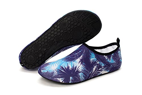 norocos Women's Lightweight Water Shoes Soft Barefoot Shoes for Men Quick-Dry Aqua Socks for Beach Swimming Surf Yoga Exercise