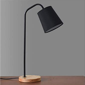 Nordic Minimalist Creative Table Lamp Usb Led Desk Lamp Modern Bedroom Solid Wood Desk Lamp Amazon De Beleuchtung
