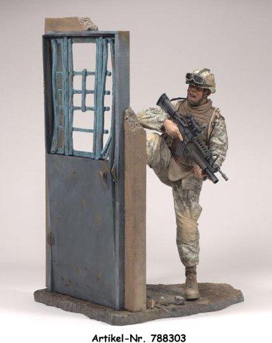 (McFarlane's Military Series 5 MARINE RCT Regimental Combat Team Bonus Sized Caucasian White Action Figure)