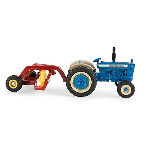 1:64 Ford 5000 Tractor with Hay Rake
