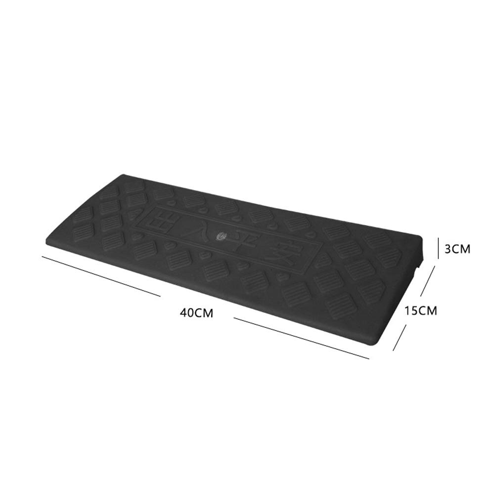Size 40 * 15 * 3cm Triangle Speed Bump With Plastic Speed Bump Step Pad Road Ramp Pad Car Triangle Pad Climbing Mat
