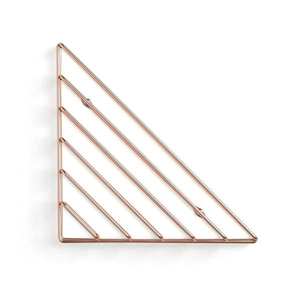 Umbra Strum Wall Shelf, Copper - ATTRACTIVE MODERN DESIGN: Strum is a contemporary brass shelving wall solution that can be used to add a modern decorative touch to your space, thanks to its wire metal material, clean lines and edges USE MULTIPLE TO CREATE A PATTERN: Mounts in three different orientations to create simple and clean-lined patters. Strum is the perfect way to tidy your living space, great for adding books, magazines, stationary, records and note pads to a floating wall shelf. LIGHTWEIGHT & EASY TO HANG: Strum comes complete with easy to follow instructions, screw caps and all the necessary hardware required to mount it to virtually any wall in just minutes - wall-shelves, living-room-furniture, living-room - 41 O3lT04JL. SS570  -