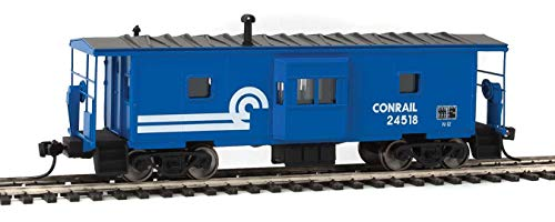 Walthers HO Scale International Bay Window Caboose Conrail/CR (Blue/White) 24518 ()