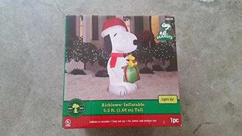 Peanuts Airblown Snoopy Scene Woodstock Present Christmas Inflatable