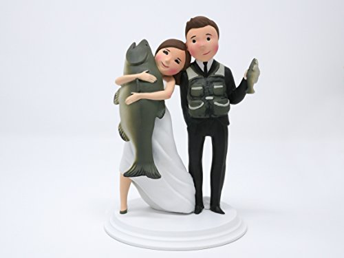 Wedding Cake Toppers - Unique and Funny Fishing Wedding Cake Toppers Bride and Groom (Light Skin - Brown Hair)