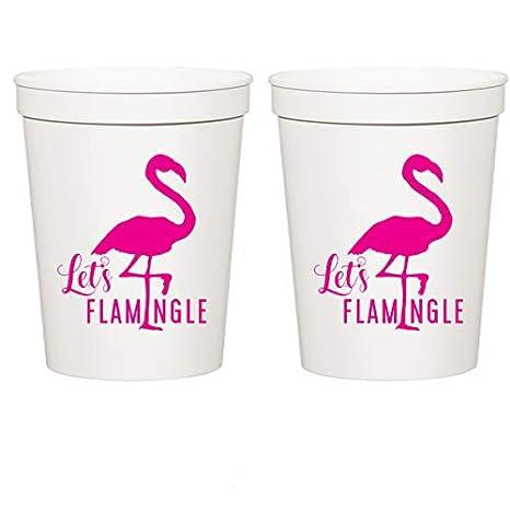 Amazon.com: Let s flamingle, color blanco estadio tazas ...