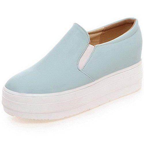 AllhqFashion Damen Weiches Material Rund Zehe Mittler Absatz Ziehen auf Pumps Schuhe Blau