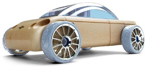 Automoblox S9 Sedan is a good small easter gift for boys