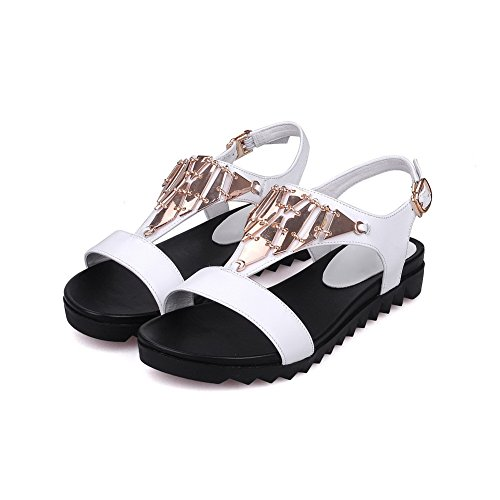Amoonyfashion Womens Lage Hakken Stevige Gesp Open Teen Sandalen Met Metalen Ornament Wit