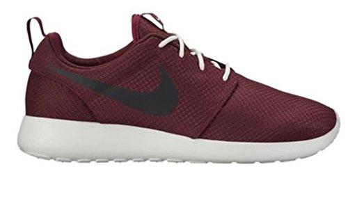 - NIKE Roshe One Mens Shoes Team Red/Black/Summit White 511881-607 (9 B(M) US)